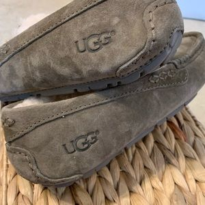 Women's UGG 'Ansley' Slippers - NWOT - Size 5